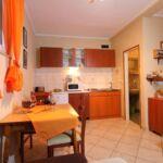 Apartament 3-osobowy z klimatyzacją z tarasem z 1 pomieszczeniem sypialnianym AS-17200-a