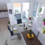 Apartament 3-osobowy z klimatyzacją z widokiem na morze z 1 pomieszczeniem sypialnianym AS-17221-a