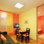 Apartament 4-osobowy z klimatyzacją z 2 pomieszczeniami sypialnianymi A-17386-a
