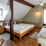 Pokój 2-osobowy na piętrze z widokiem na miasto