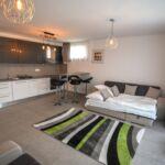 Apartament 4-osobowy na piętrze Lux z 2 pomieszczeniami sypialnianymi