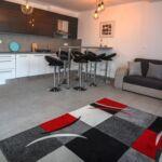 Apartament 7-osobowy na piętrze Premia z 4 pomieszczeniami sypialnianymi