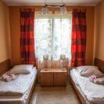 Fürdőszobás kétágyas szoba