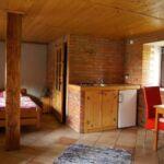 Pokój 4-osobowy z łazienką z aneksem kuchennym