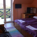 Pokoj s balkónem s koupelnou pro 2 os.