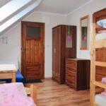 Pokój 4-osobowy z łazienką ze wspólnym aneksem kuchennym