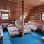 Camera cvadrupla cu cadita de dus (se poate solicita pat suplimentar)