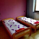 Vierbettzimmer mit Dusche und Balkon (Zusatzbett möglich)