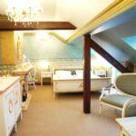 Komfort Manzárd franciaágyas szoba