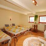 Apartment für 5 Personen mit Dusche und Eigner Küche