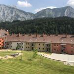 Apartament 8-osobowy Premia z panoramą z 3 pomieszczeniami sypialnianymi