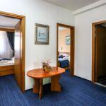 Balkonos Family franciaágyas szoba