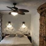 Folyóra néző teraszos franciaágyas szoba