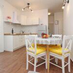 Apartament familial(a) cu aer conditionat cu 1 camera pentru 2 pers. (se poate solicita pat suplimentar)