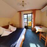 Standard Pokoj s balkónem s manželskou postelí