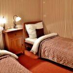Zuhanyzós Standard kétágyas szoba