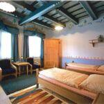 Zuhanyzós teraszos kétágyas szoba (pótágyazható)