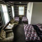 Zuhanyzós közös teakonyhával négyágyas szoba