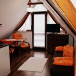 Apartament 4-osobowy na piętrze z widokiem na góry z 2 pomieszczeniami sypialnianymi