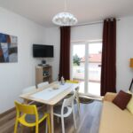 Economy Apartman pro 5 os. se 3 ložnicemi na poschodí (s možností přistýlky)
