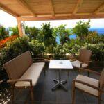 Apartman pro 6 os. se 3 ložnicemi s výhledem na moře v přízemí