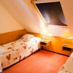 Standard Zweibettzimmer im Dachgeschoss