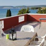 Pogled na more Mali balkon apartman za 5 osoba(e) sa 2 spavaće(om) sobe(om)