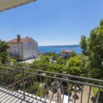 Sea View Upstairs 2-Room Apartment for 4 Persons