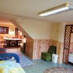Földszinti kerthelyiséggel nyolcágyas szoba