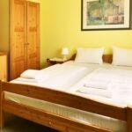 Standard Dreibettzimmer mit Badezimmer