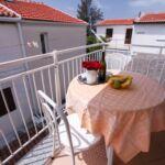 Apartament cu aer conditionat cu terasa cu 1 camera pentru 2 pers.
