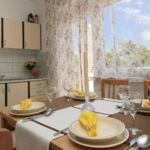 Apartament familial(a) cu aer conditionat cu 2 camere pentru 4 pers. (se poate solicita pat suplimentar)