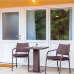 Apartament 4-osobowy z klimatyzacją z tarasem z 1 pomieszczeniem sypialnianym AS-18146-a