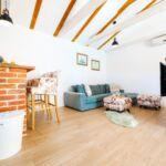 Apartament cu aer conditionat cu terasa cu 3 camere pentru 6 pers. K-18169