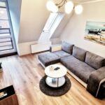 2-Zimmer-Apartment für 4 Personen im Dachgeschoss mit Badewanne