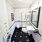 Business 2-Zimmer-Apartment für 4 Personen mit Balkon