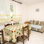 Apartament 5-osobowy z klimatyzacją z widokiem na morze z 2 pomieszczeniami sypialnianymi A-9709-a