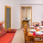 Apartament cu aer conditionat cu terasa cu 1 camera pentru 6 pers. A-17051-a