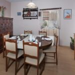Apartament 6-osobowy z klimatyzacją z tarasem z 3 pomieszczeniami sypialnianymi K-17820