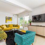 Apartament cu aer conditionat cu vedere spre mare cu 5 camere pentru 10 pers. K-17958