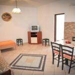 Apartman s klimatizací pro 4 os. se 2 ložnicemi s výhledem na moře A-18001-a