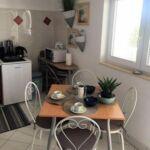 Apartman s klimatizací pro 4 os. se 2 ložnicemi s výhledem na moře A-18008-a