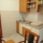 Apartament cu aer conditionat cu terasa cu 1 camera pentru 3 pers. A-18034-a