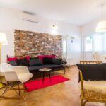 Apartament cu aer conditionat cu terasa cu 2 camere pentru 4 pers. A-18083-a