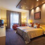 Camera dubla deluxe cu balcon (se poate solicita pat suplimentar)