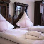 Apartman pro 4 os. se 2 ložnicemi s výhledem do zahrady celý Dům (s možností přistýlky)