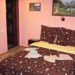 Apartman s koupelnou  s manželskou postelí se 4 ložnicemi (s možností přistýlky)