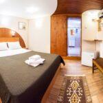Rezydencja pokój 5-osobowy na parterze Family z 3 pomieszczeniami sypialnianymi