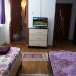 Fürdőszobás franciaágyas szoba (pótágyazható)