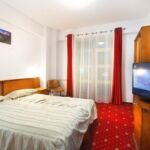 3-Room Suite for 5 Persons